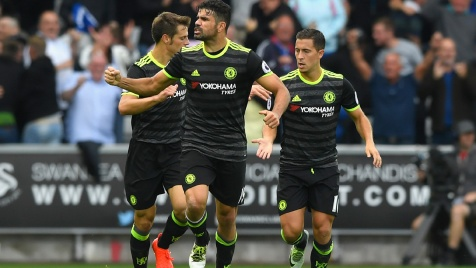 Highlights Swansea-Chelsea 2-2, Conte fermato da Guidolin. Il City in fuga