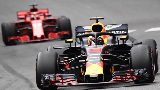 Singapore, guidano le Red Bull